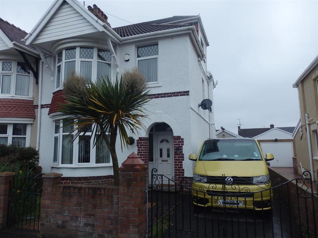 4 Bedrooms Semi Detached House for sale in Denham Avenue, Llanelli