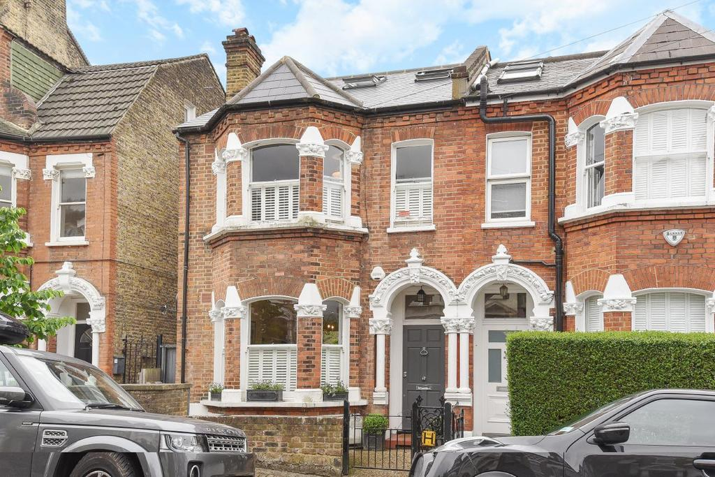 6 Bedrooms Terraced House for sale in Santos Road, Wandsworth, SW18