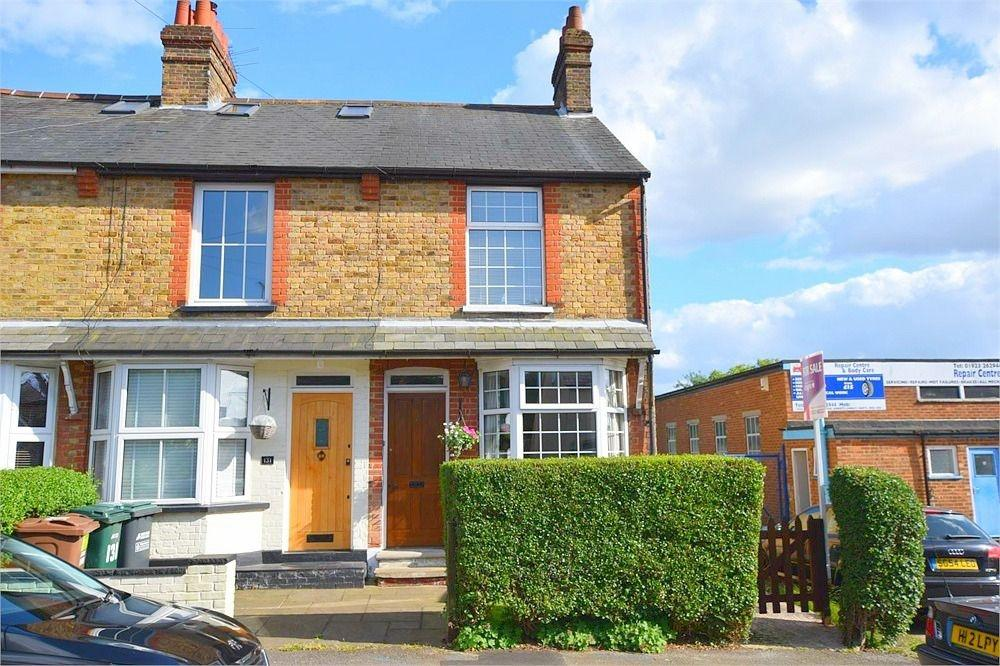 2 Bedrooms End Of Terrace House for sale in Breakspeare Road, ABBOTS LANGLEY, Hertfordshire