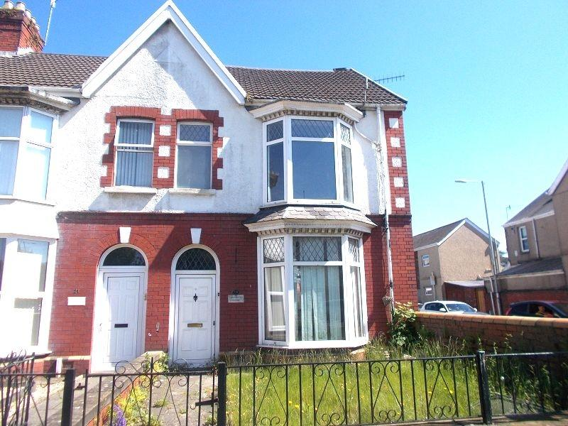 4 Bedrooms End Of Terrace House for sale in Gnoll Park Road, Neath, Neath Port Talbot.