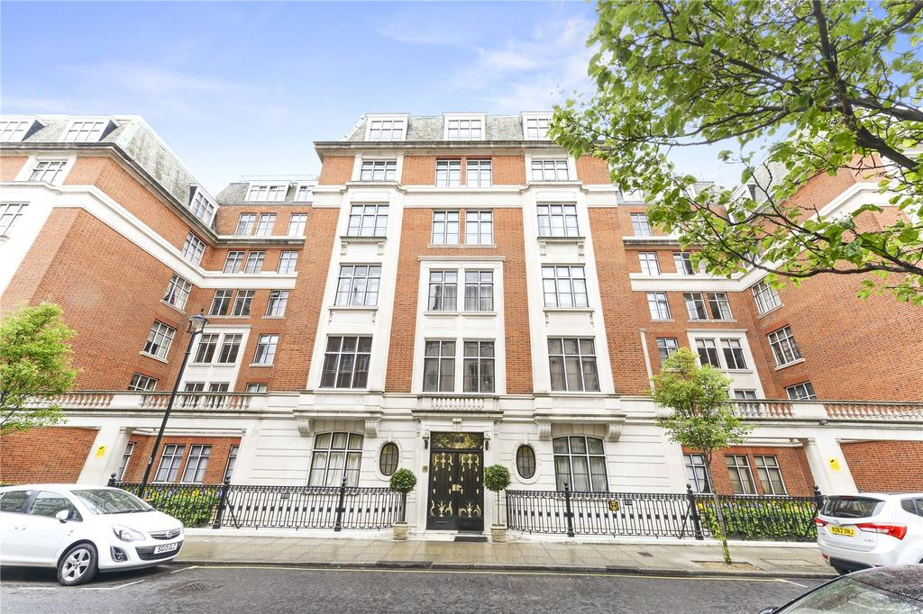 1 Bedroom Flat for sale in Hallam Street, London