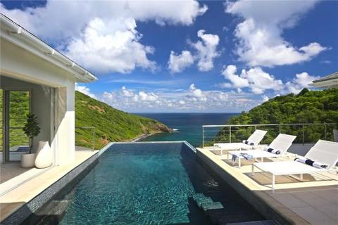 4 bedroom detached house  - XHALE LUXURY VILLA, Cap Estate, St Lucia