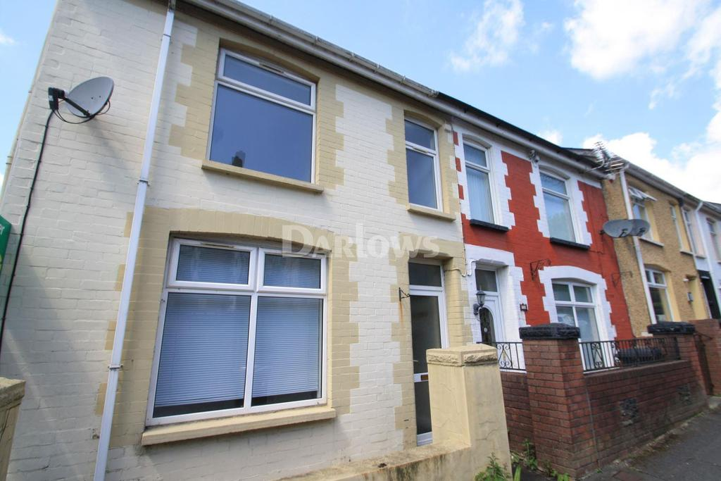 3 Bedrooms End Of Terrace House for sale in Penybont, Abertillery, Gwent