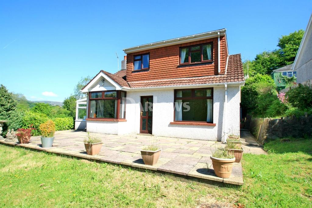 3 Bedrooms Detached House for sale in The Rock, Church Lane, Pontypool