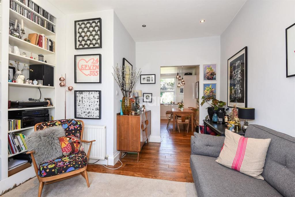 2 Bedrooms Maisonette Flat for sale in Flaxman Road, Camberwell, SE5