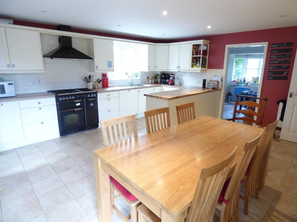 4 Bedrooms Detached House for sale in Old School Mead, Bidford On Avon