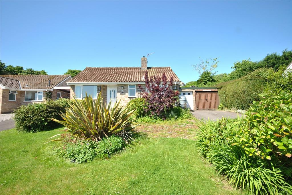 2 Bedrooms Bungalow for sale in Rackclose Park, Chard, Somerset, TA20