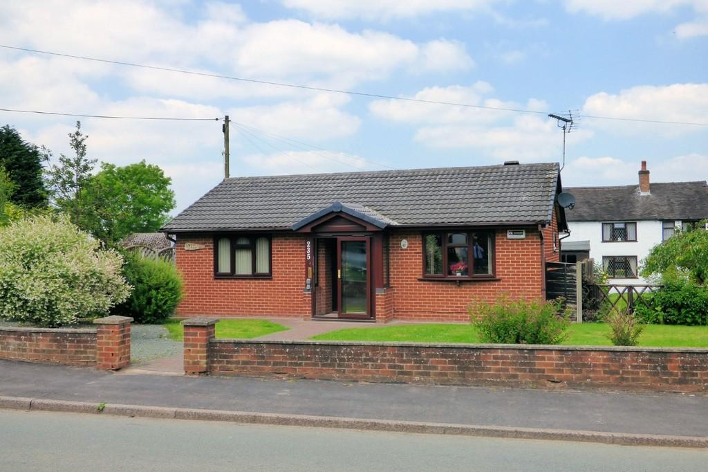 2 Bedrooms Detached Bungalow for sale in Beamhill Road, Anslow