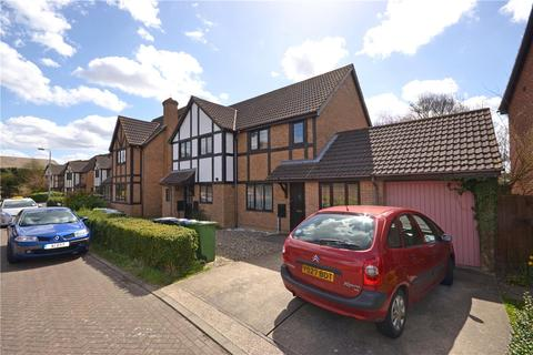 4 bedroom semi-detached house to rent - Cavesson Court, Cambridge, Cambridgeshire, CB4