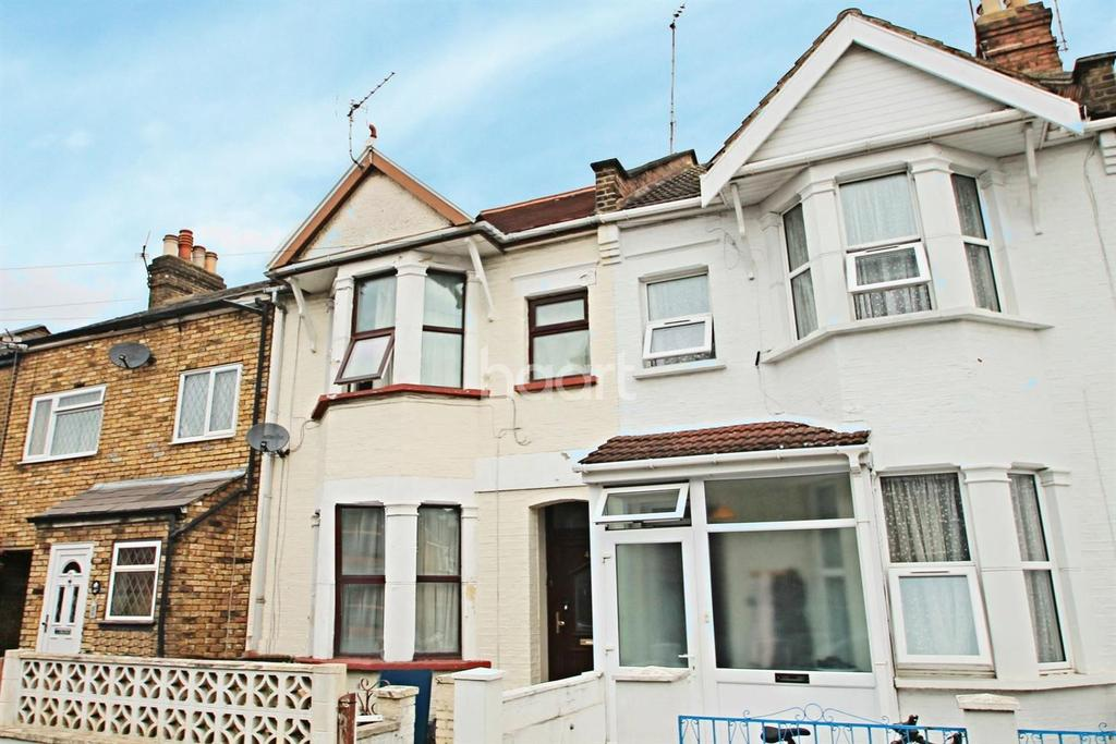 3 Bedrooms Terraced House for sale in Peel Road, Harrow