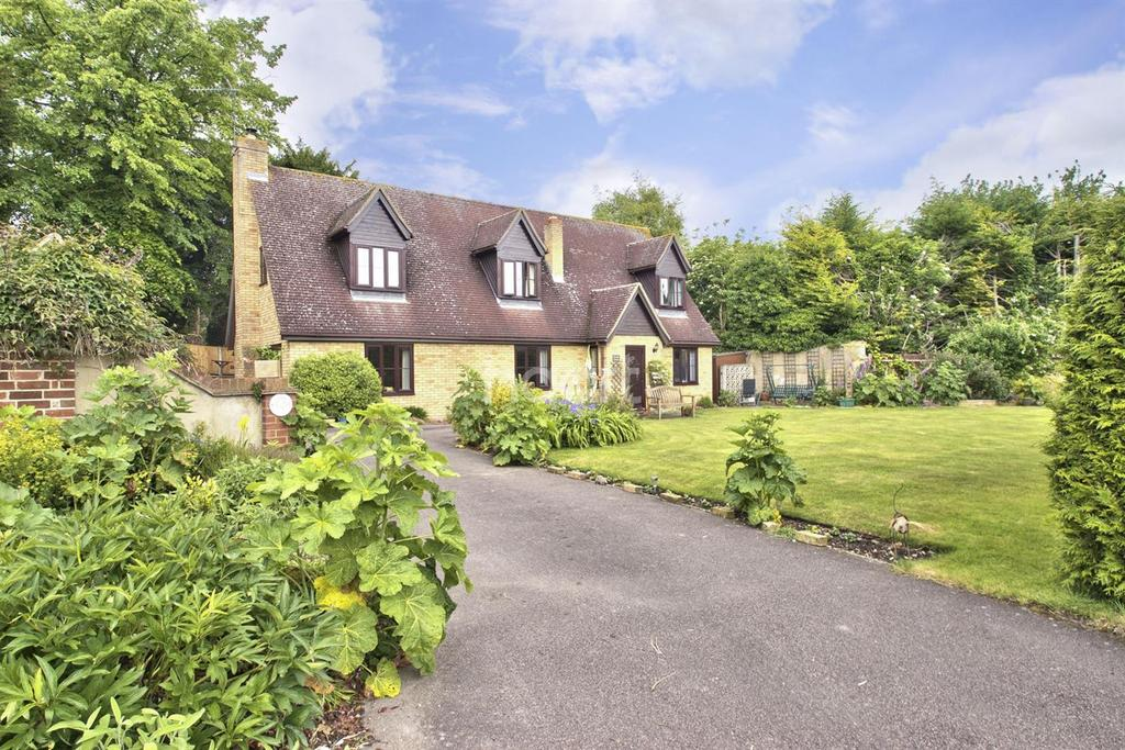 5 Bedrooms Detached House for sale in Saville Way, Fowlmere