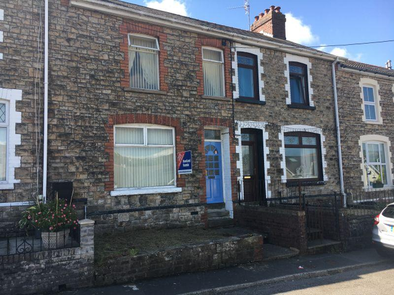 3 Bedrooms Terraced House for sale in Penywain Terrace, Pontypool