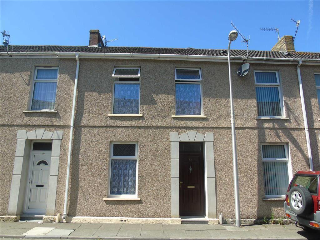 3 Bedrooms Terraced House for sale in George Street, Llanelli