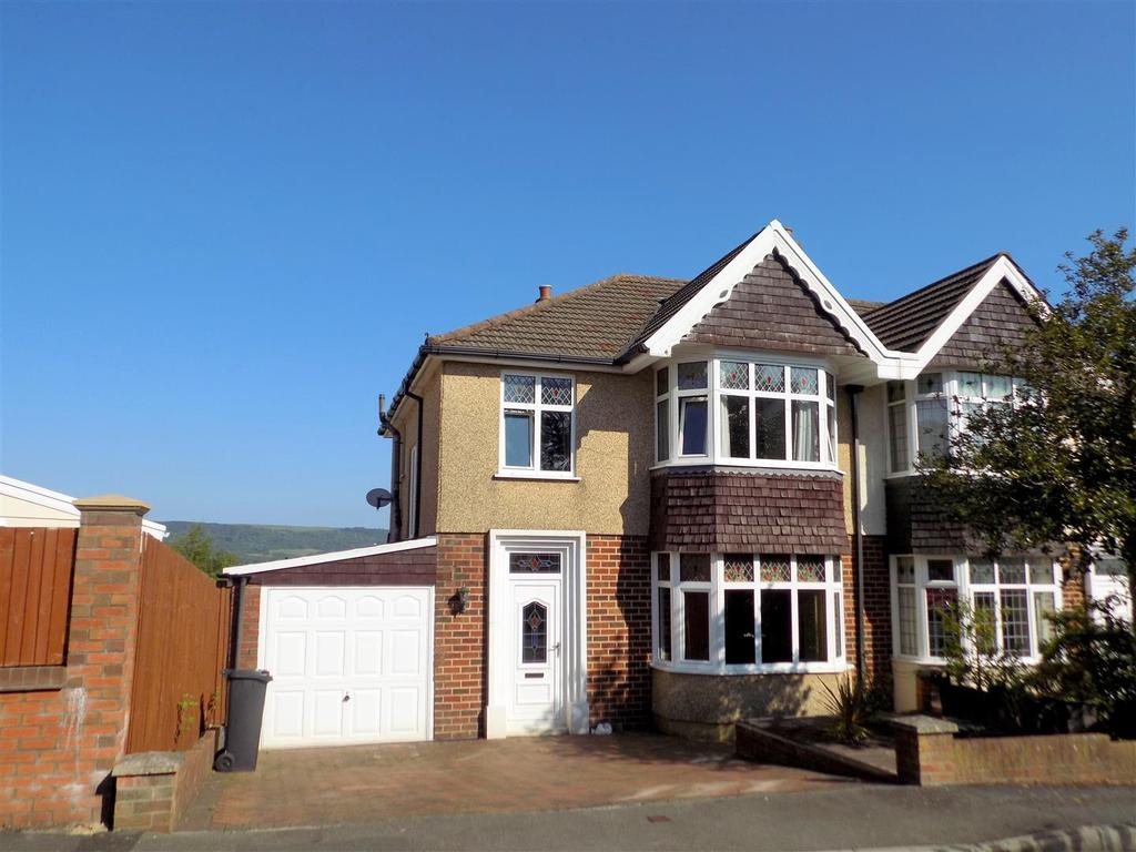 3 Bedrooms Semi Detached House for sale in Alder Road, Neath