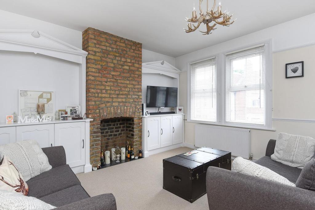 1 Bedroom Flat for sale in Kingston Road, Raynes Park, SW20