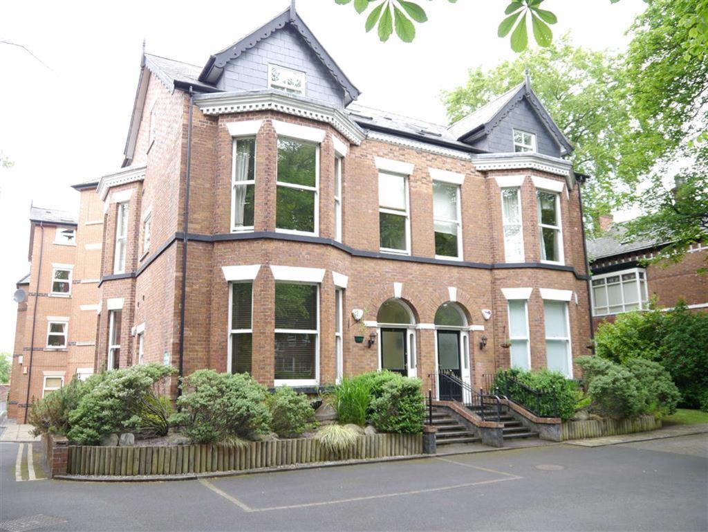2 Bedrooms Flat for rent in Thornbank Lodge, Heaton Moor Road, Heaton Moor