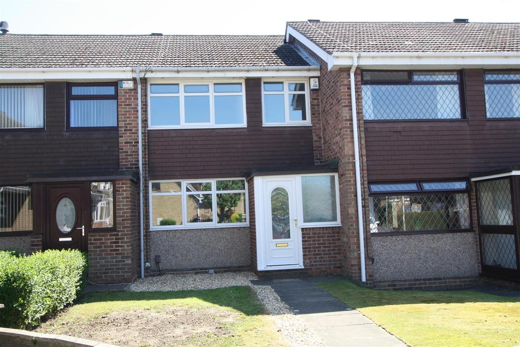 3 Bedrooms Terraced House for sale in Mewburn Court, Darlington