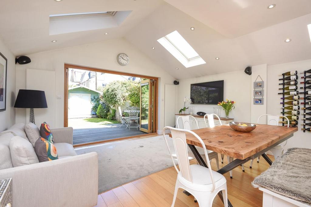 4 Bedrooms Terraced House for sale in Littleton Street, Earlsfield, SW18