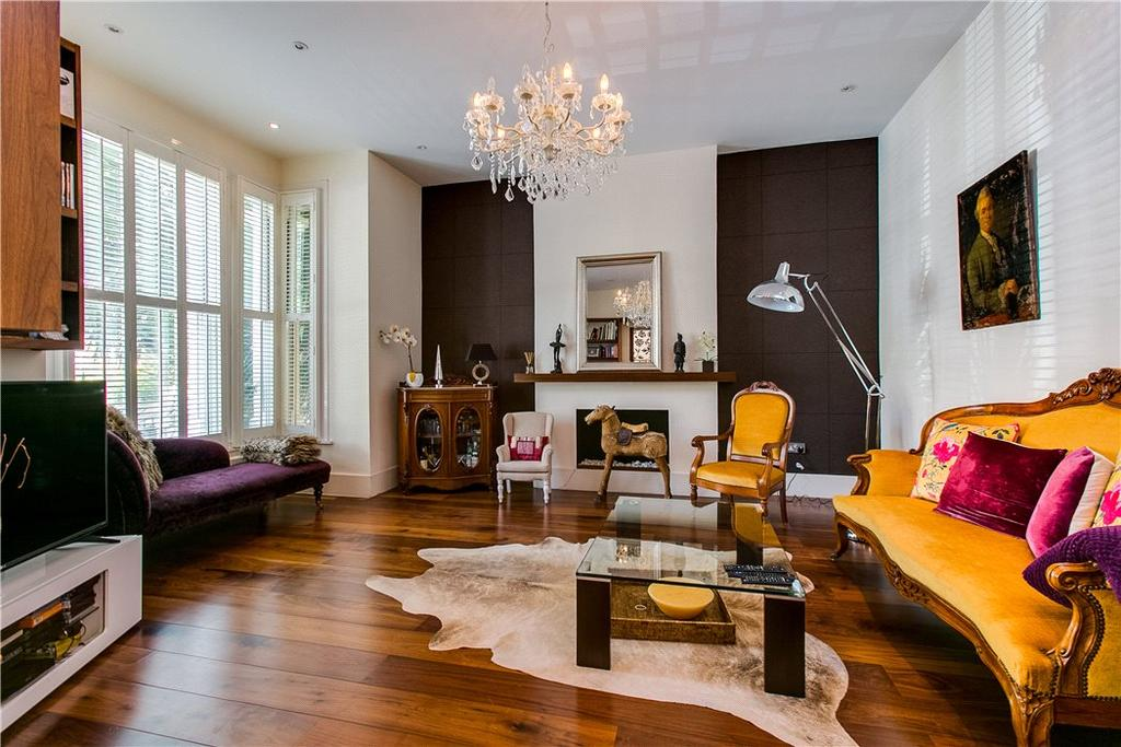 5 Bedrooms Semi Detached House for sale in Elms Crescent, Clapham, SW4