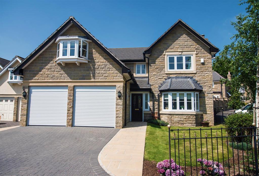 5 Bedrooms Detached House for sale in Bluehills Lane, Lower Cumberworth, Huddersfield, HD8 8RQ