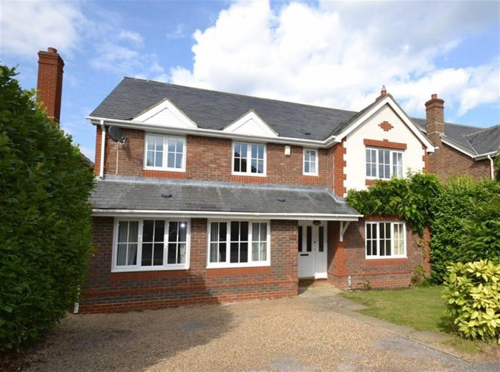 5 Bedrooms Detached House for sale in Taylor Close, Epsom, Surrey
