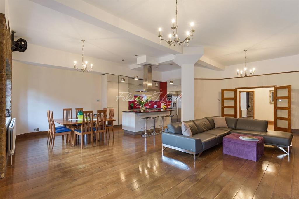 2 Bedrooms Flat for sale in Telfords Yard, Wapping, E1W