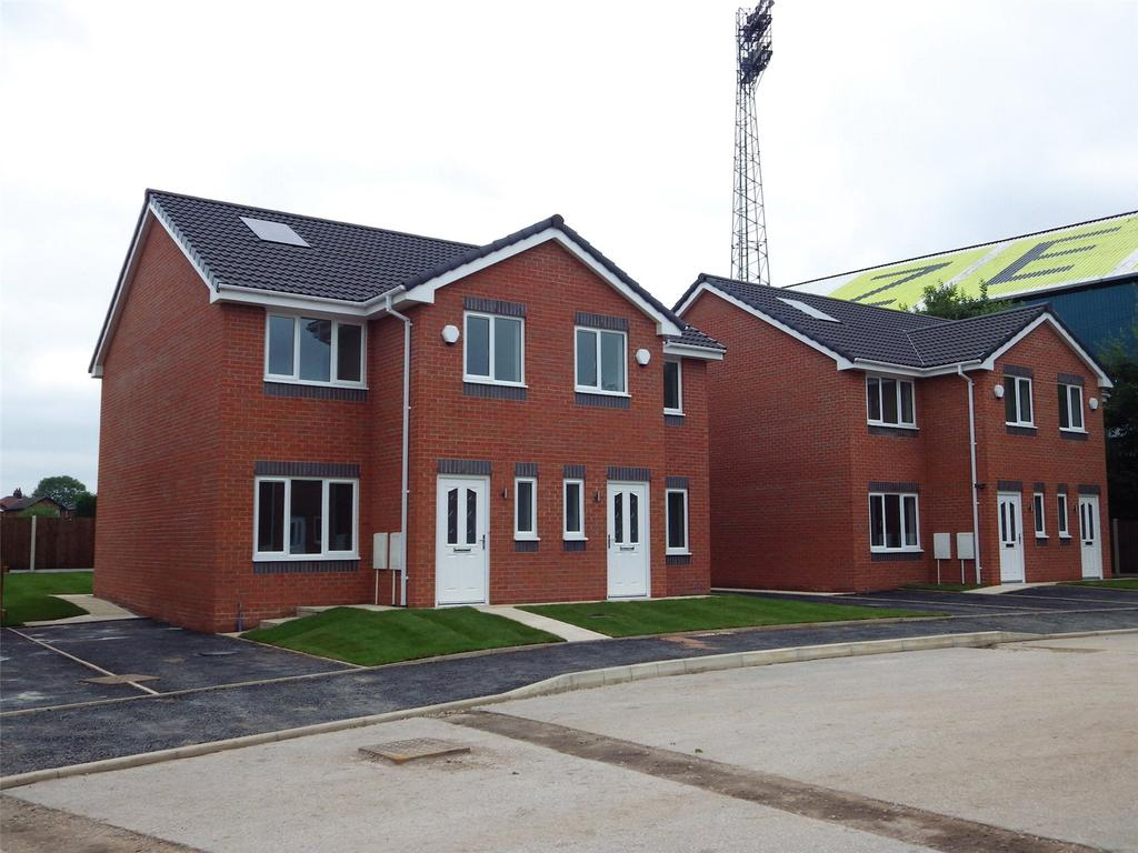 3 Bedrooms Terraced House for sale in Plot 14 Boundary Park, 7 Johnstone Close, Oldham, OL1