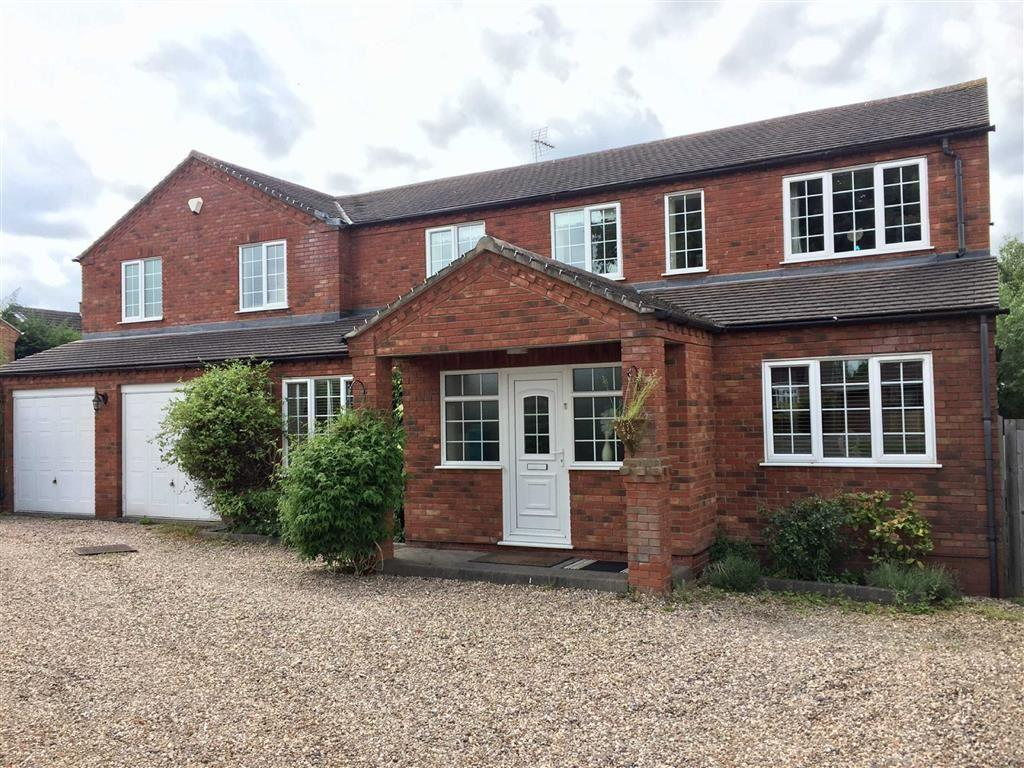 4 Bedrooms Detached House for sale in St Nicolas Park Drive, St Nicolas Park, Nuneaton