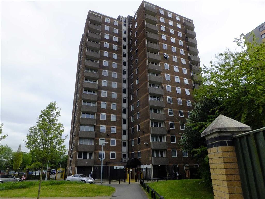 2 Bedrooms Flat for sale in Grey Friar Court, BridgewaterStreet, Salford