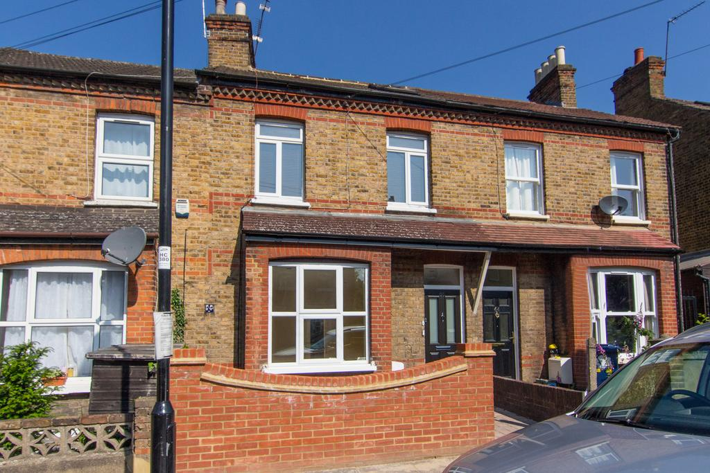 2 Bedrooms Flat for sale in Osterley Park View Road, Hanwell