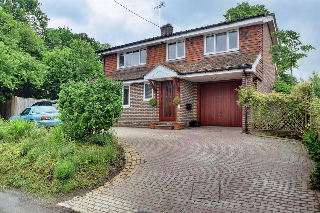 4 Bedrooms Detached House for sale in Kiln Lane, Buriton, PETERSFIELD, Hampshire