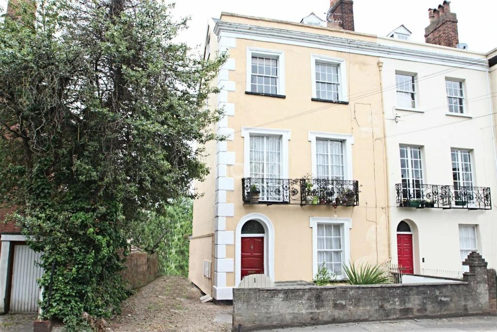 2 Bedrooms Maisonette Flat for sale in Old Tiverton Road