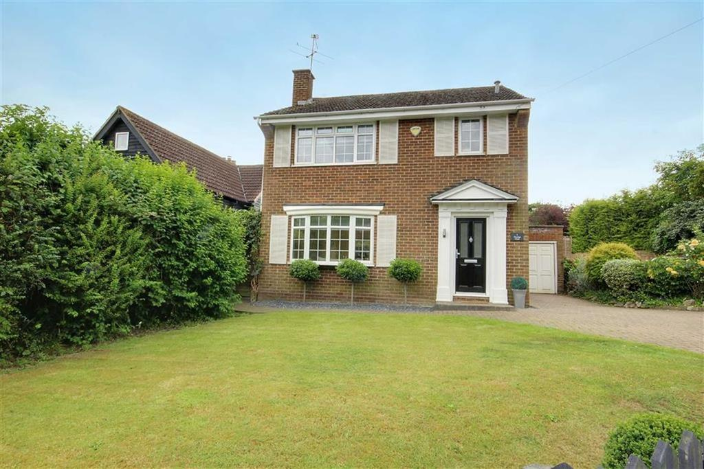 3 Bedrooms Detached House for sale in Vicarage Close, Northaw, Hertfordshire