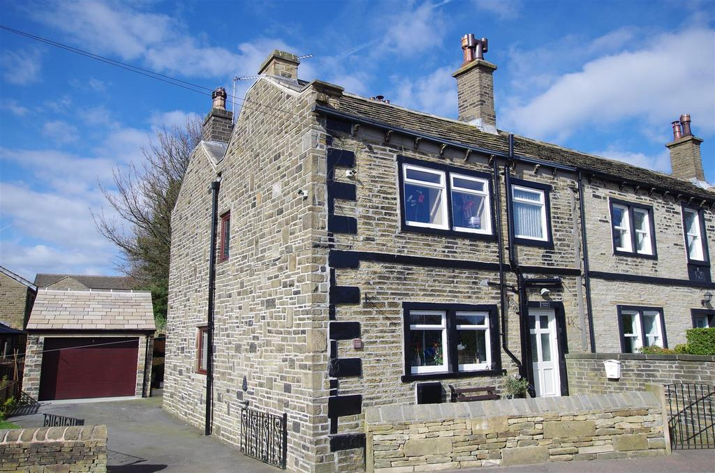 3 Bedrooms Terraced House for sale in High Street, Stainland, Halifax
