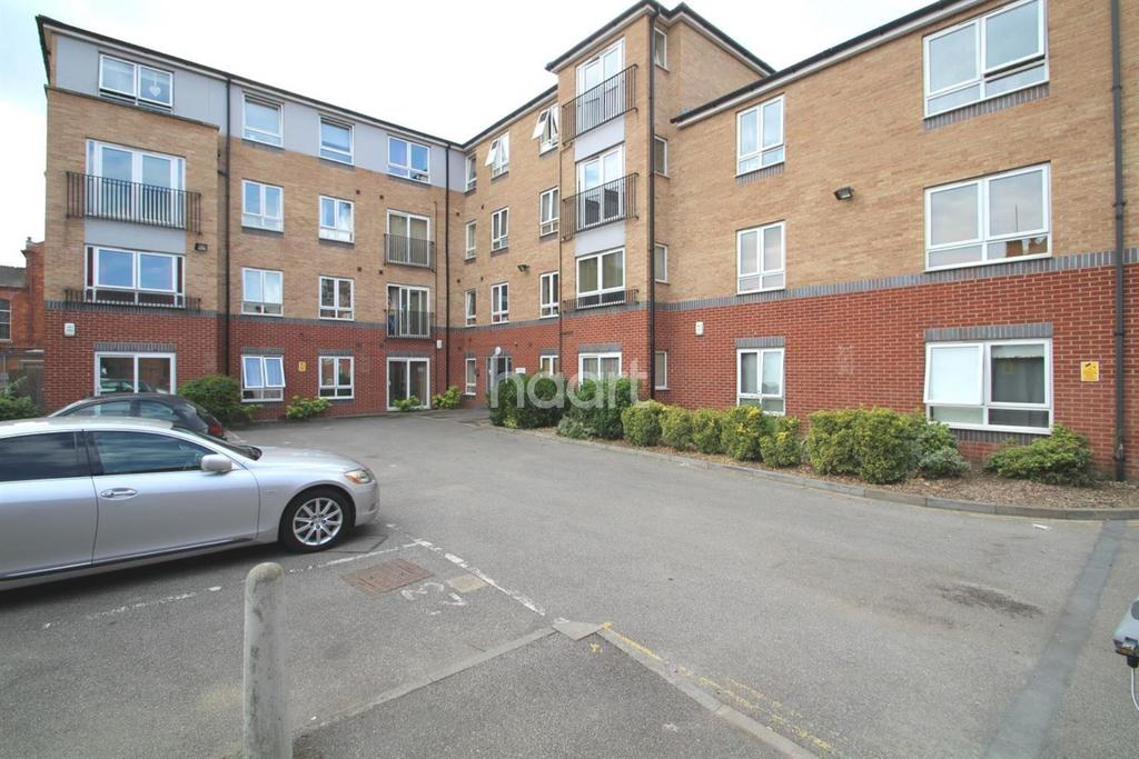 2 Bedrooms Flat for sale in Tanners Court, Lincoln