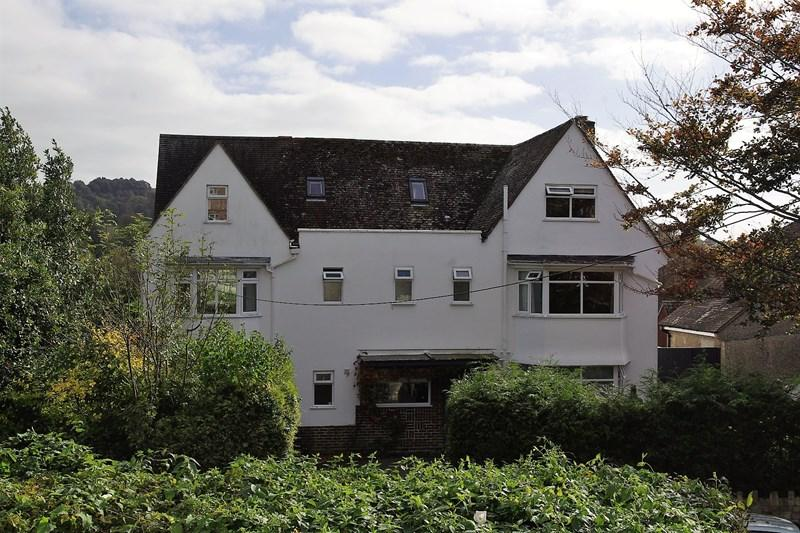 7 Bedrooms Detached House for sale in St. Andrews Road, Bridport