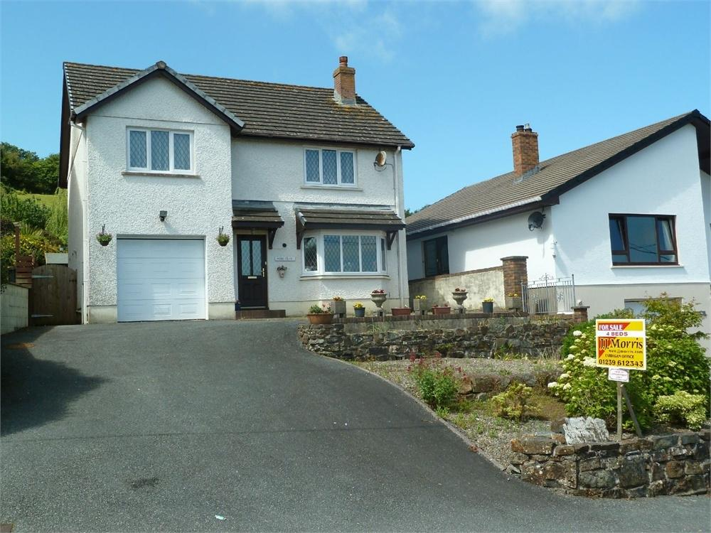 4 Bedrooms Detached House for sale in Longdown Bank, St Dogmaels, Cardigan, Pembrokeshire