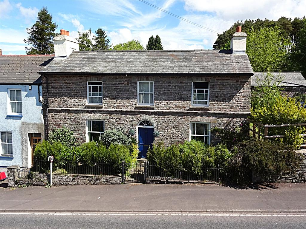 4 Bedrooms End Of Terrace House for sale in Trecastle, Brecon, Powys