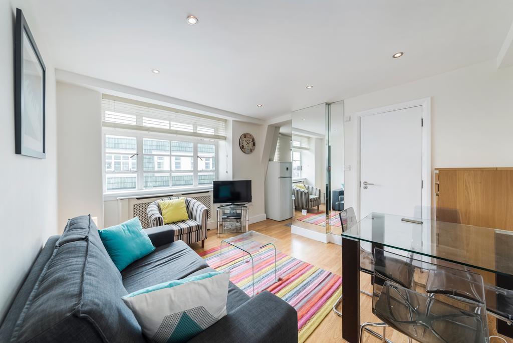 2 Bedrooms Flat for sale in Nell Gwynn House, Sloane Avenue, SW3