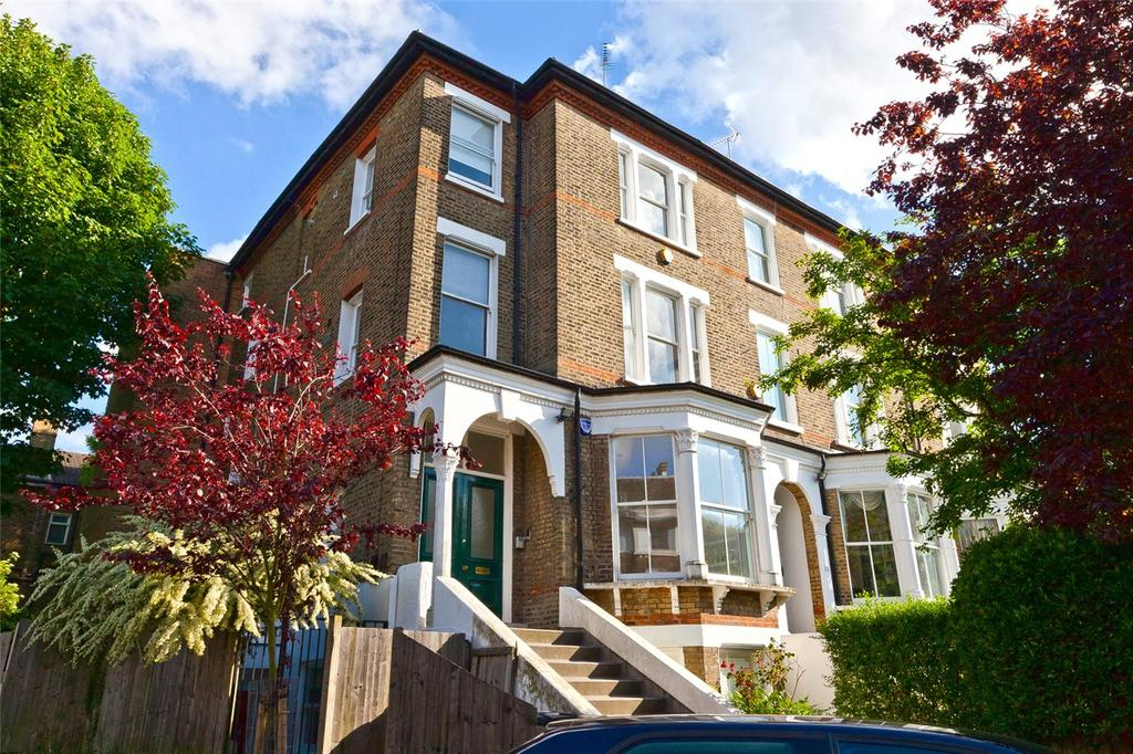 3 Bedrooms Flat for sale in Bloomfield Road, London, N6