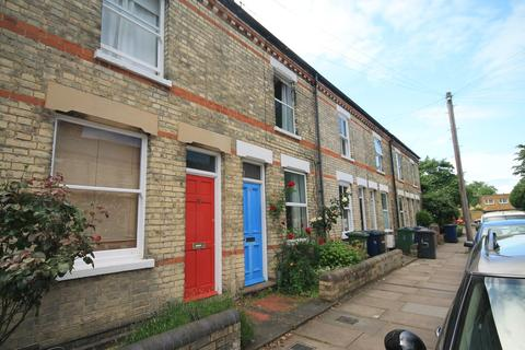 2 bedroom terraced house to rent - Petworth Street, Cambridge