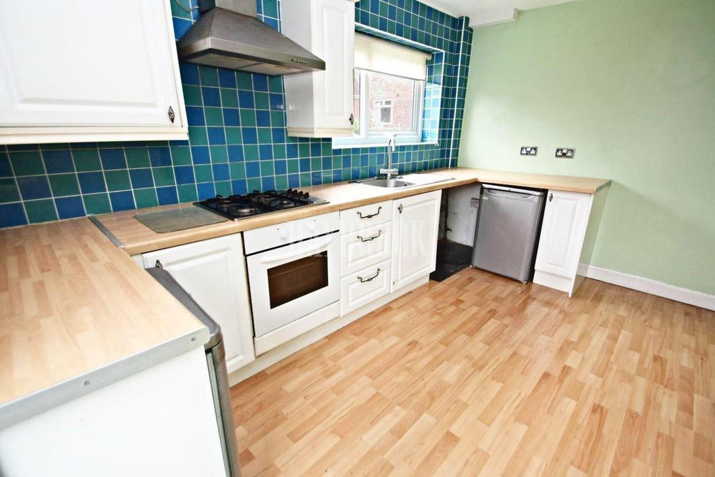 2 Bedrooms Semi Detached House for sale in Bowden Wood Avenue, Littledale, S9