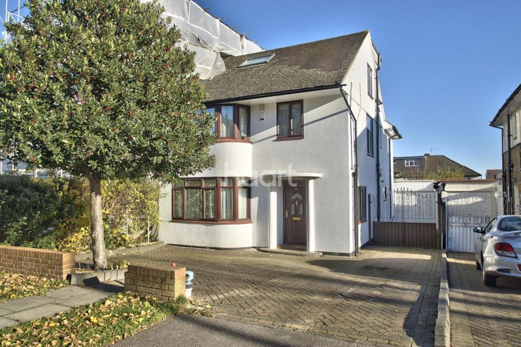5 Bedrooms Semi Detached House for sale in Chase Road, Southgate, N14