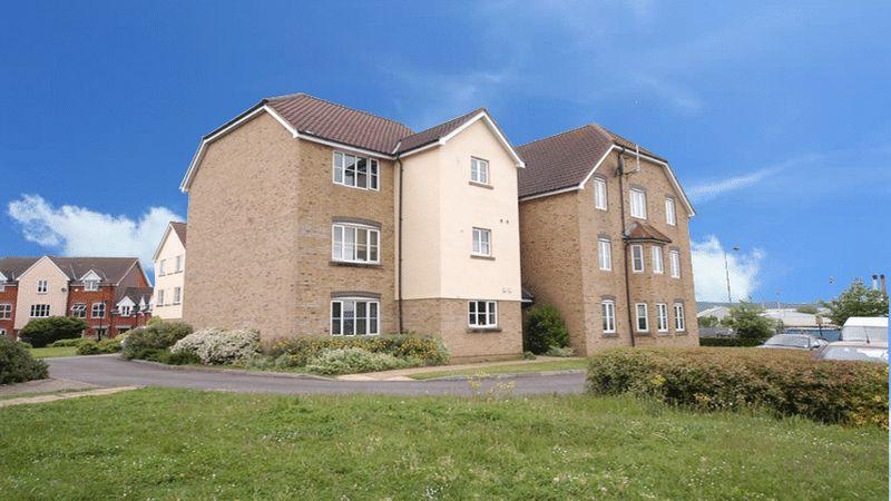 2 Bedrooms Apartment Flat for sale in Mercer Close, Aylesford