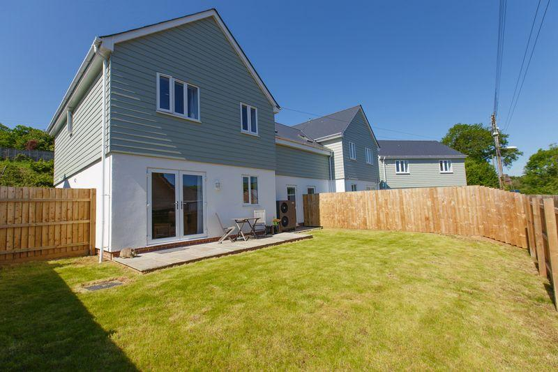 4 Bedrooms Semi Detached House for sale in Bridge Meadow Close, Lapford