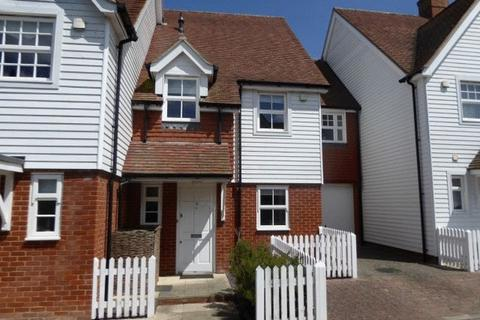 3 bedroom terraced house to rent - MARDEN