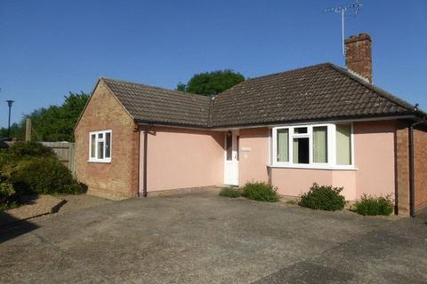3 bedroom detached bungalow to rent - Matfield