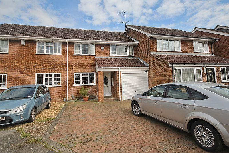 3 Bedrooms Terraced House for sale in Campion Road, Westoning