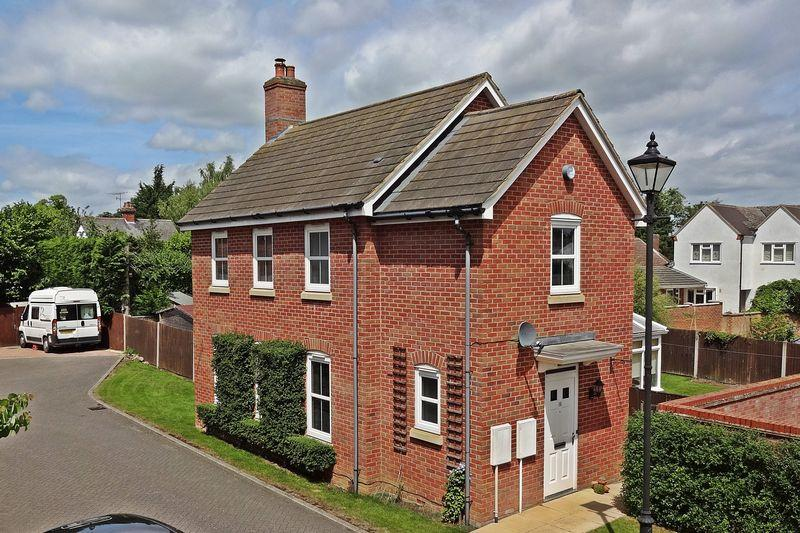 3 Bedrooms Detached House for sale in Ashton Gate, Flitwick