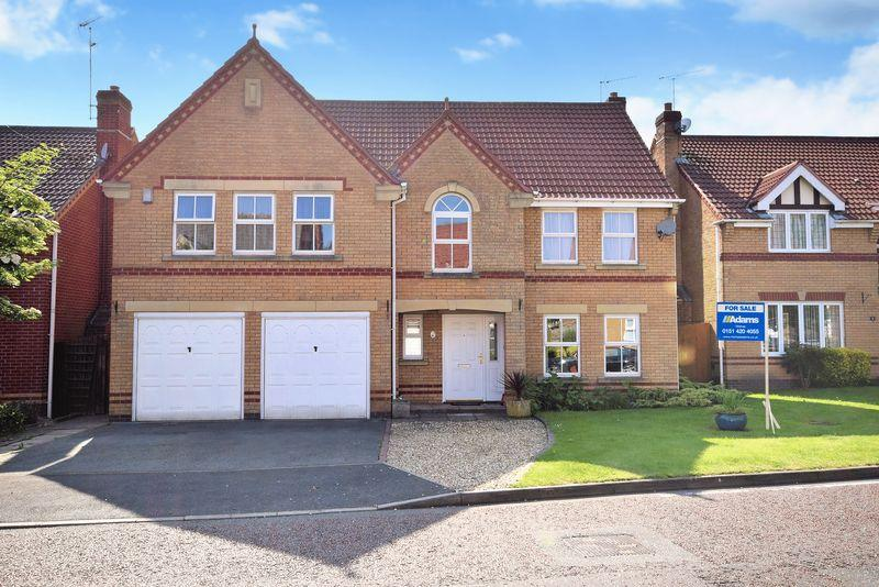 5 Bedrooms Detached House for sale in Churchill Gardens, St. Helens